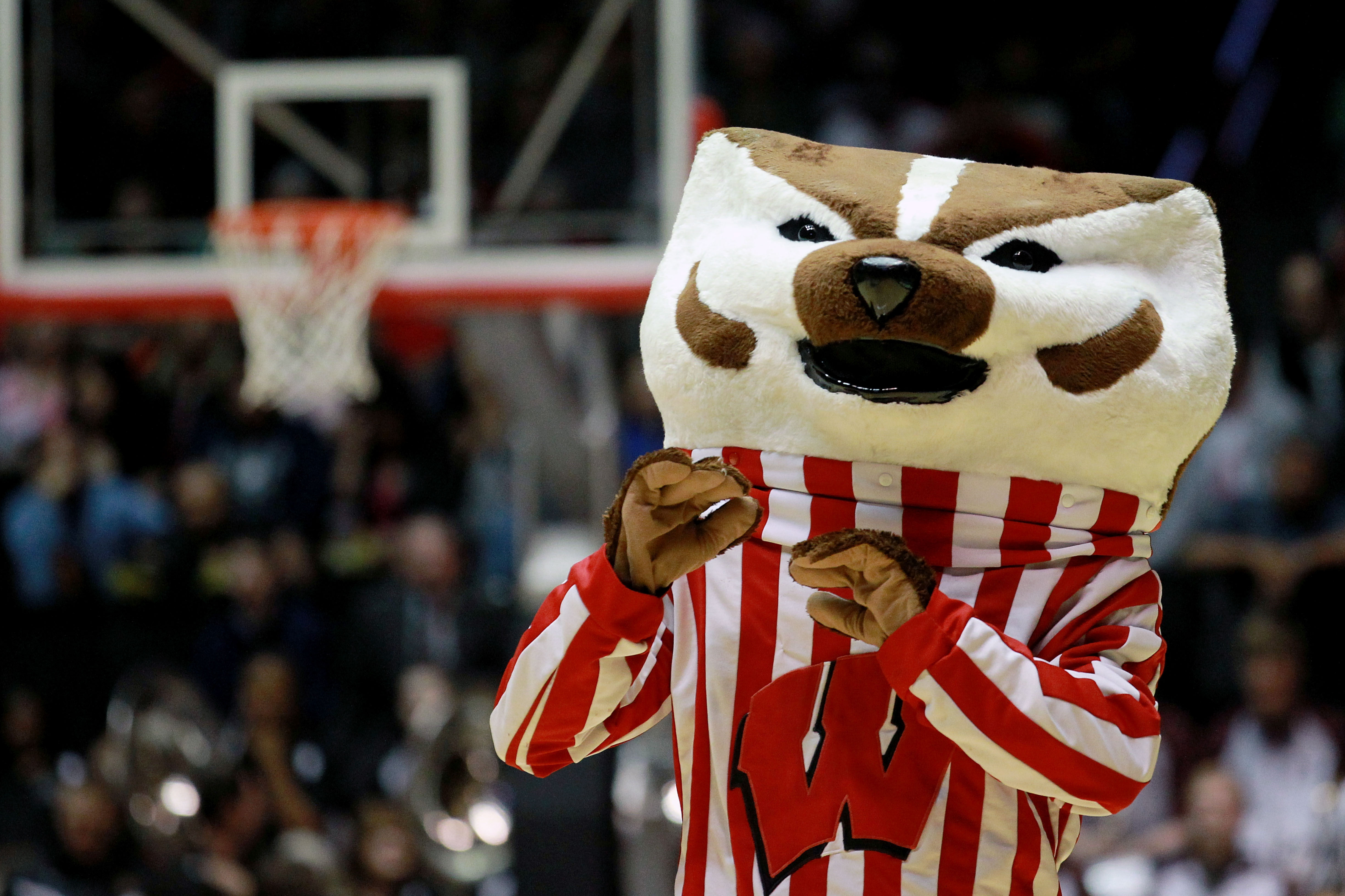 Badgers men's basketball: Wisconsin falls to Marquette 82-63 amid injury woes