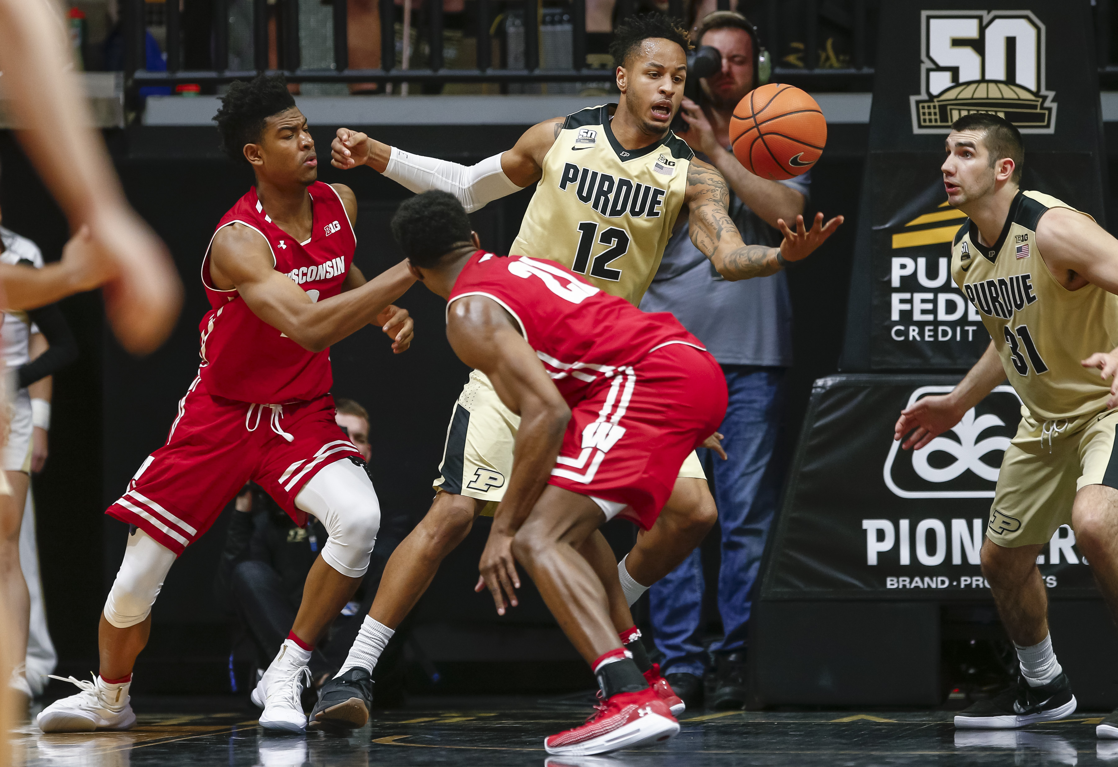 No. 3 Purdue holds off IN for 17th-straight win